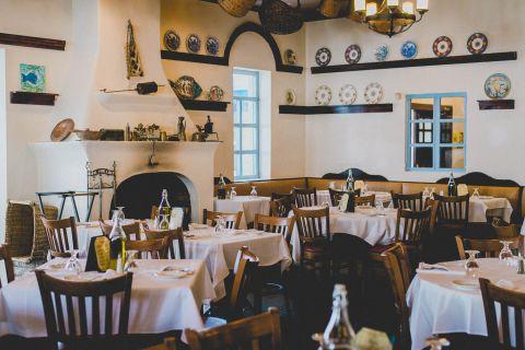 Santorini Greek Seafood Restaurant Greektown West Loop